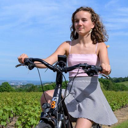 Escapade en vélo électrique en Beaujolais et dégustation au caveau (2 personnes)